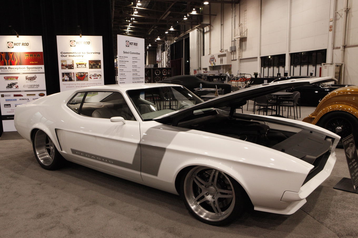 hot-rod-industry-alliance-1971-ford-mustang